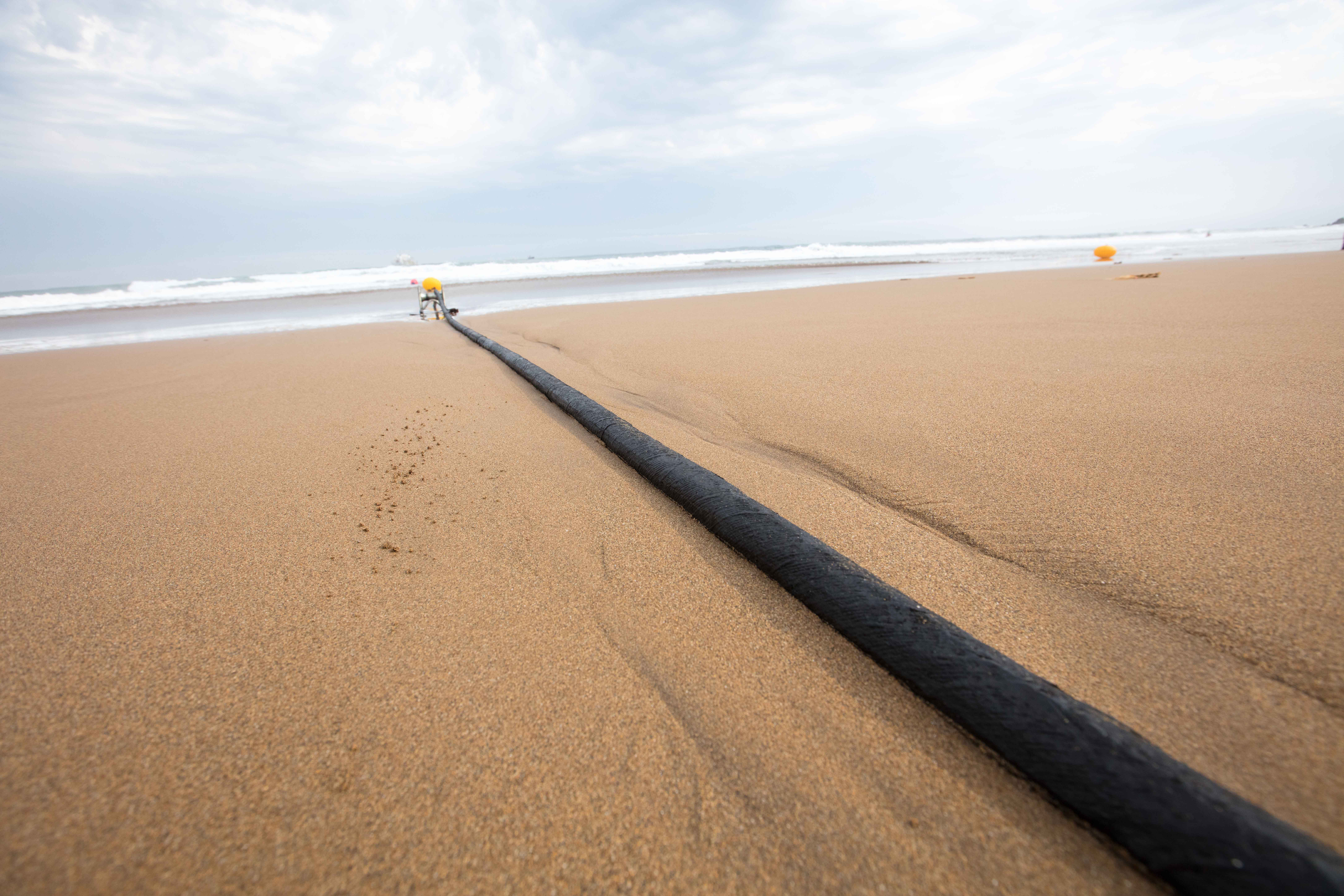 Microsoft and Facebook's transatlantic subsea internet cable