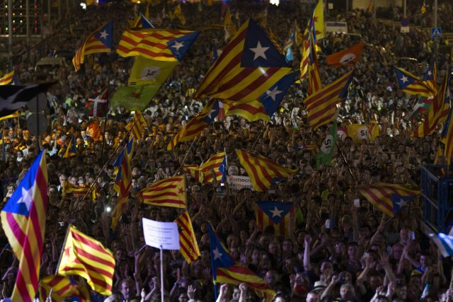 Catalans occupy polling stations ahead of contested vote