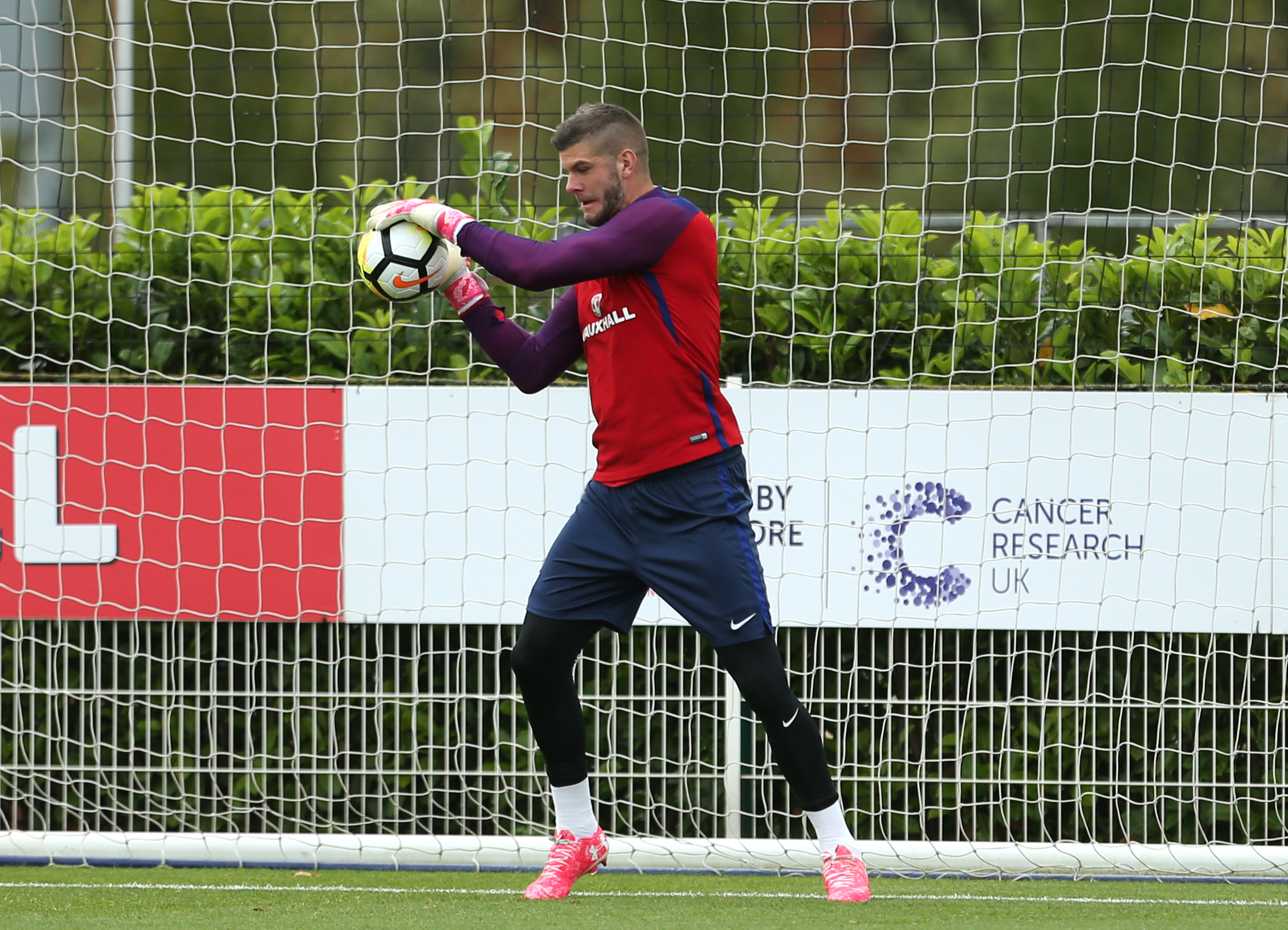 Fraser Forster trains with England