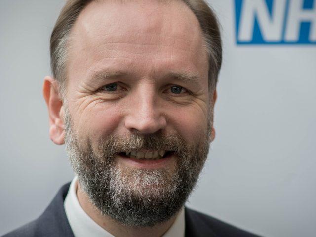 Hunt scraps 1% pay cap for nurses