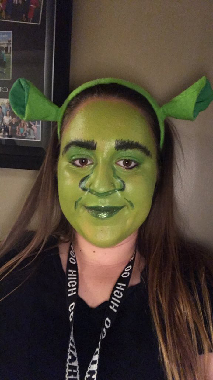 Make-up student Haylee Mazmanian pulled over by police was wearing this full Shrek face (Haylee Mazmanian/PA)