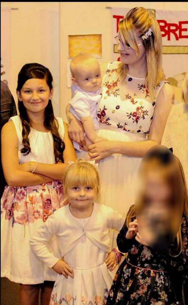 Louise Gibbs and her children (Collect/PA Real Life)