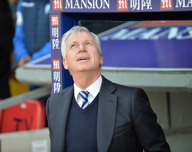 Alan Pardew could be returning to management
