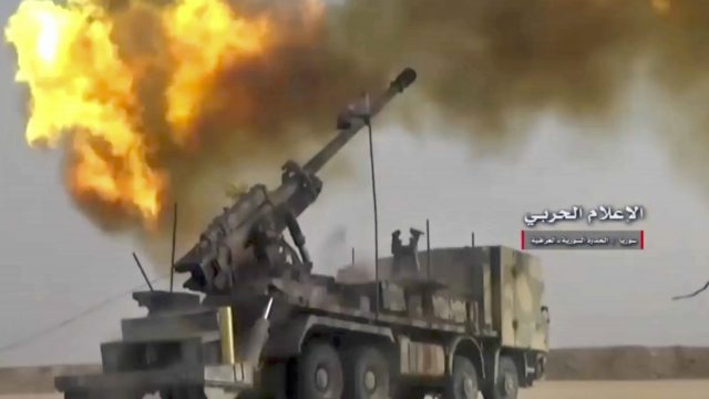 Firing on militants' positions on the Iraq-Syria border