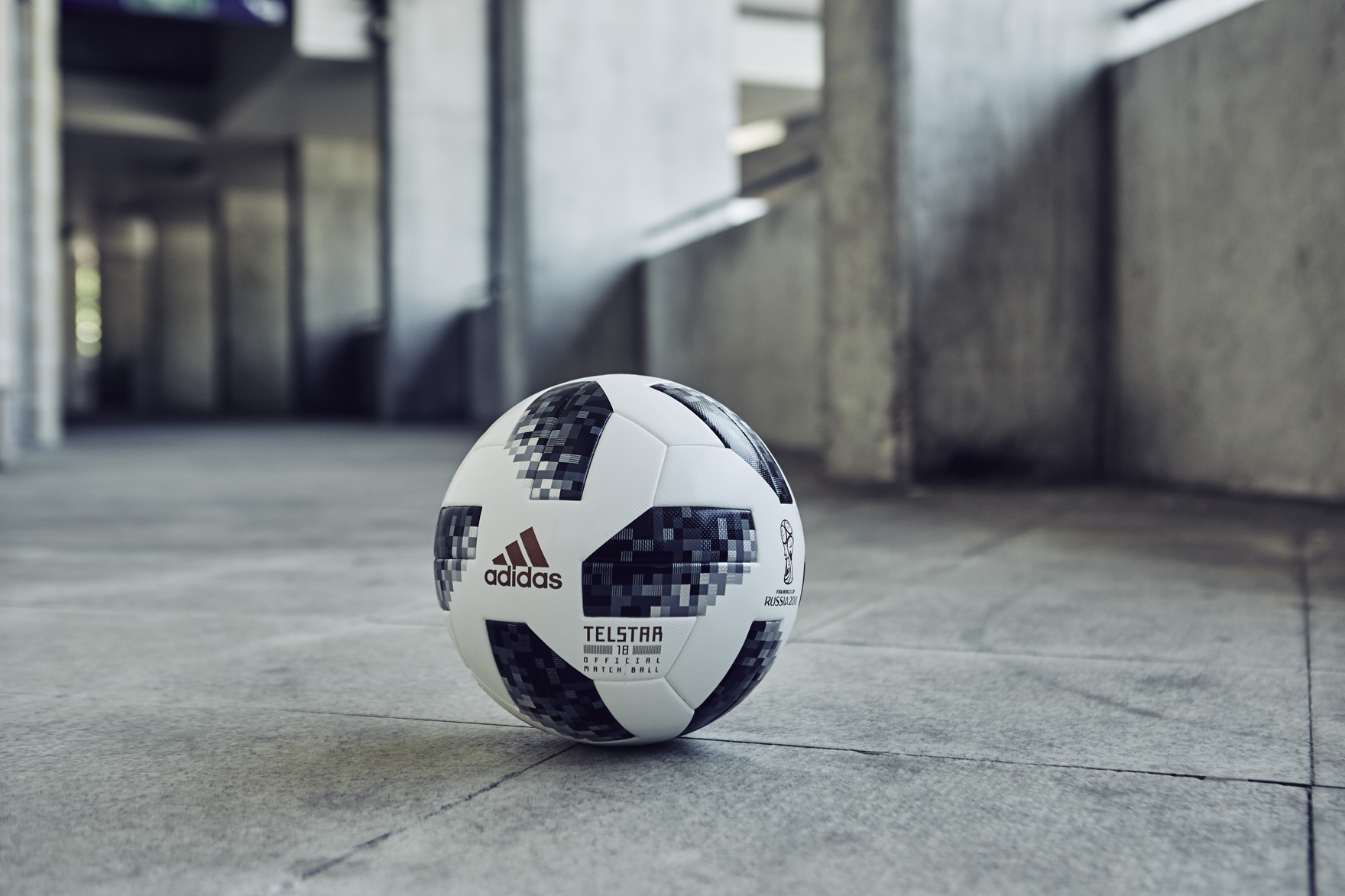 Simple Football Ball World Cup 2018 - bce4944a-a904-47b5-90e3-017e153076e5  2018_907360 .jpg