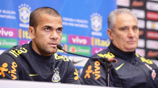 Dani Alves has called Gabriel Jesus the new Ronaldo