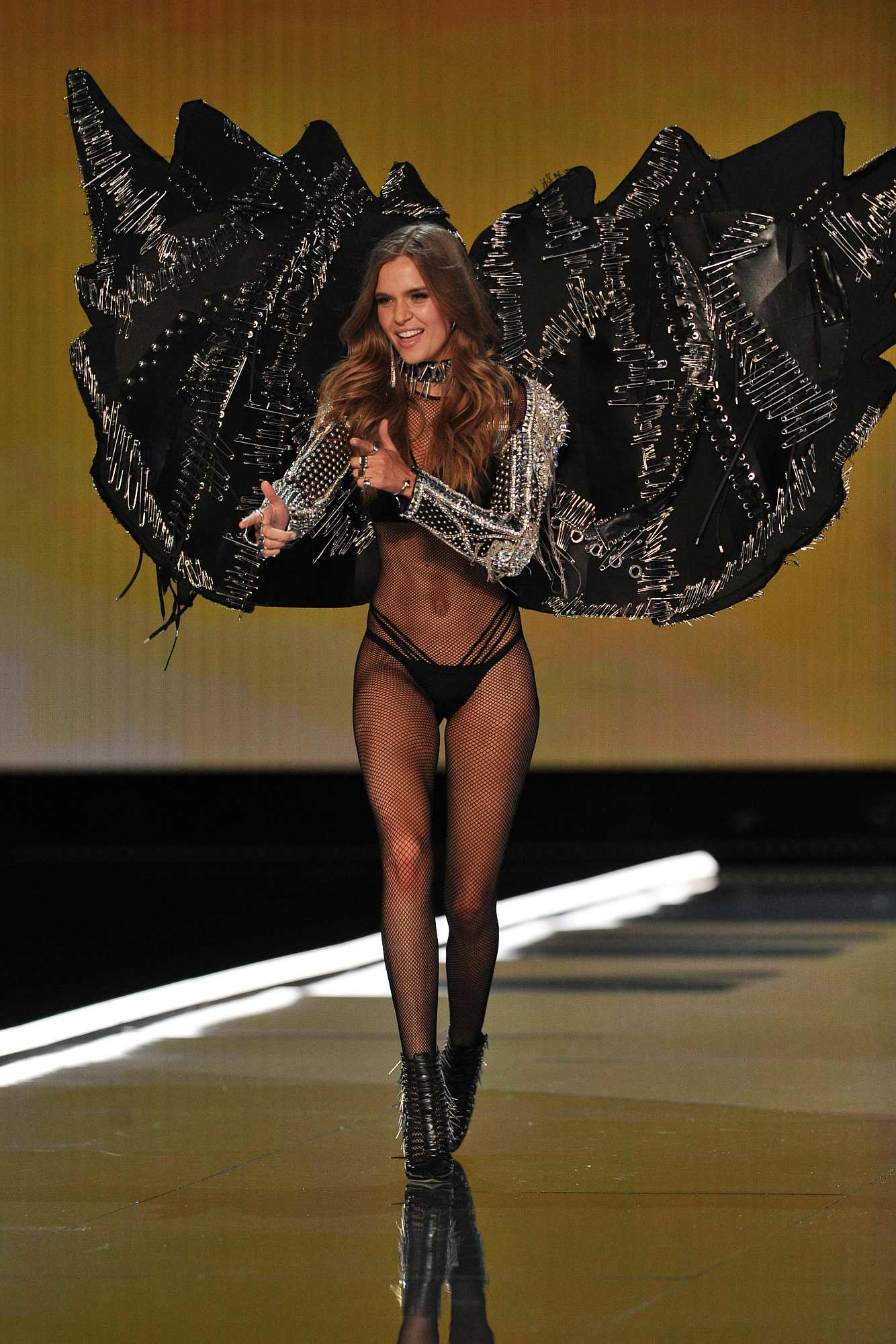 4256fcfcf1 Victoria s Secret 2017  10 of the wackiest looks from the Shanghai show