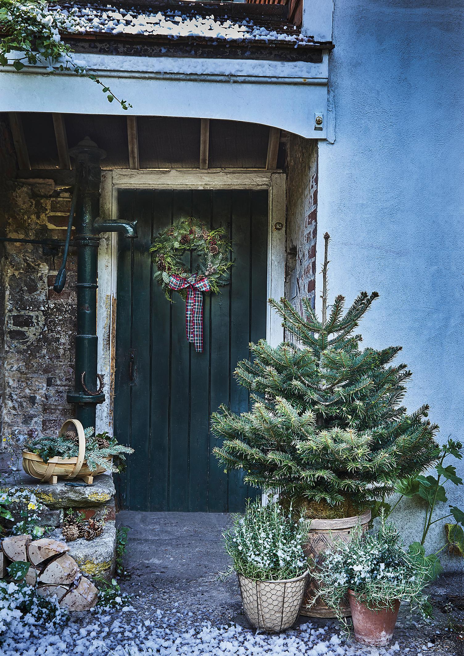 How To Pimp Your Porch At Christmas Bt