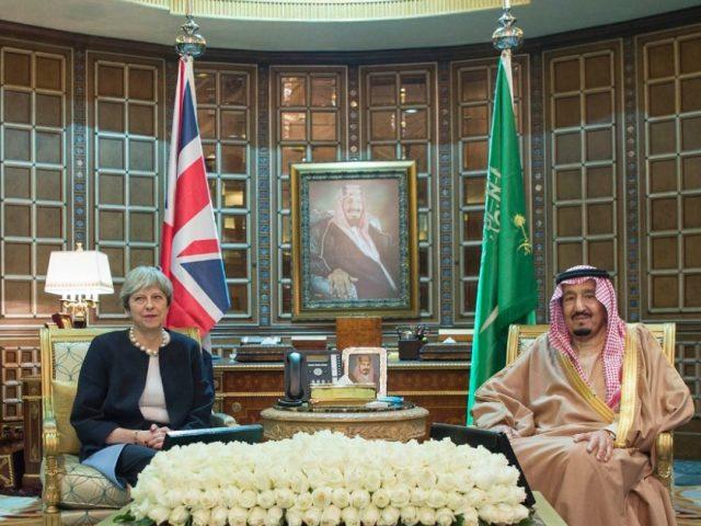 Theresa May meets Saudi King Salman in Riyadh