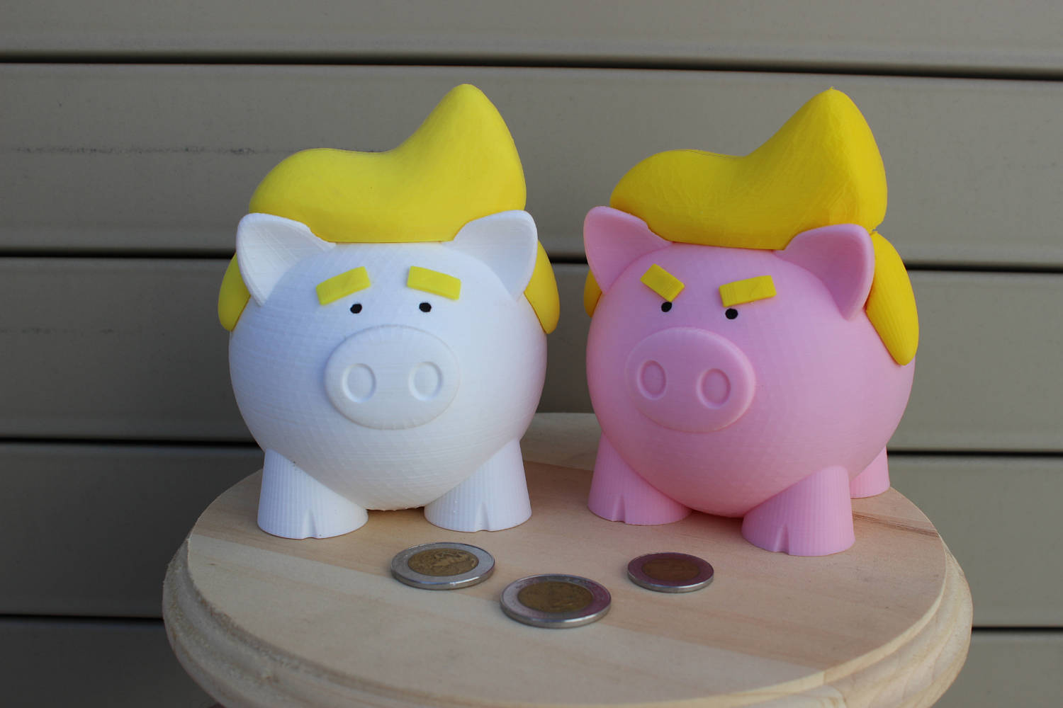 Donald Trump piggy bank