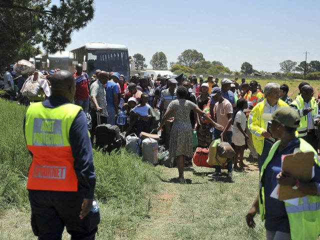 14 confirmed dead in S/African train crash, death toll expected to rise
