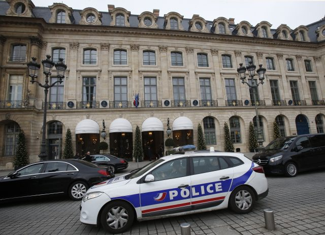 Police hunt for suspects after botched Ritz robbery in Paris