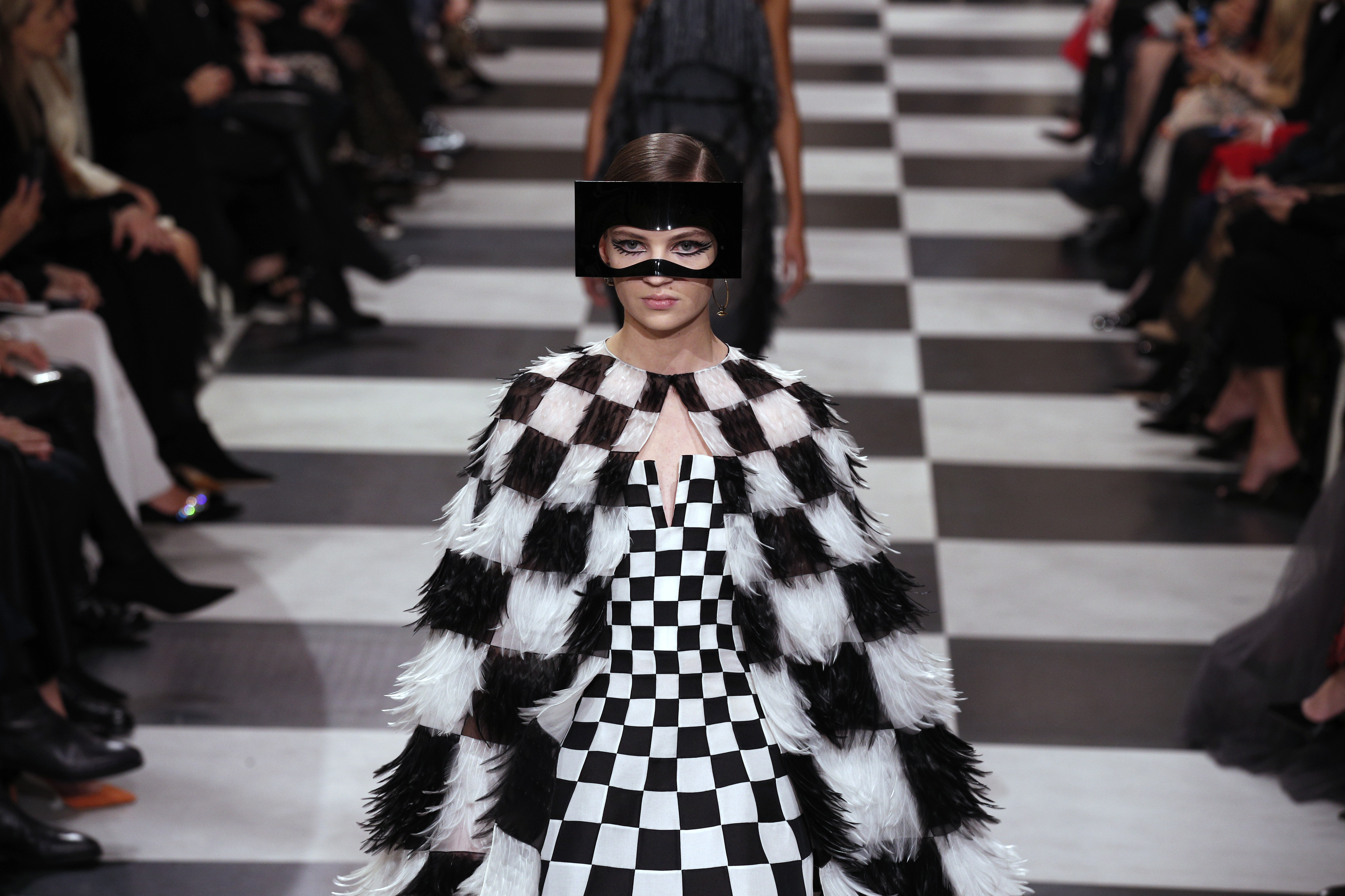 12 of the most beautiful and bizarre looks from paris couture week irish examiner. Black Bedroom Furniture Sets. Home Design Ideas