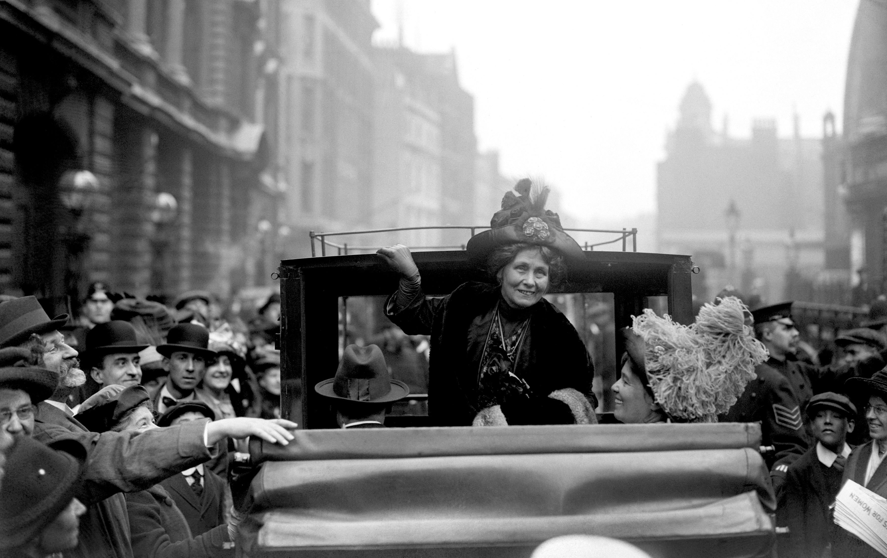 Emmeline Pankhurst leaving Bow Street after getting bail on a conspiracy charge in 1912 (PA)
