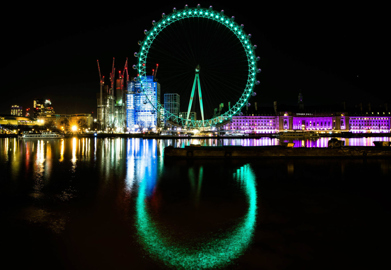 The London Eye joined in the St Patrick's Day fun (John Nguyen/PA)