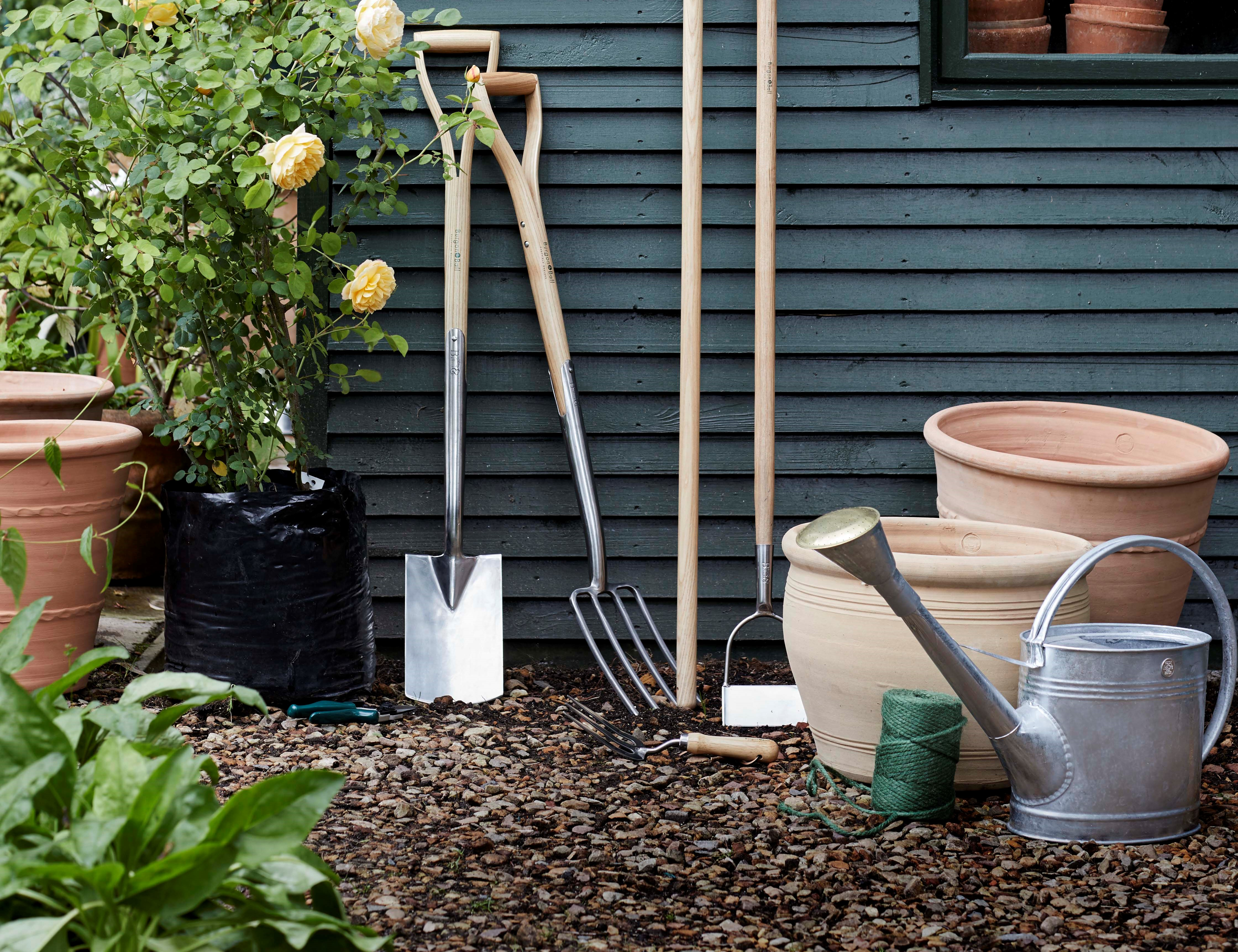 5 essential tools to make light work of spring gardening for Gardening tools ireland