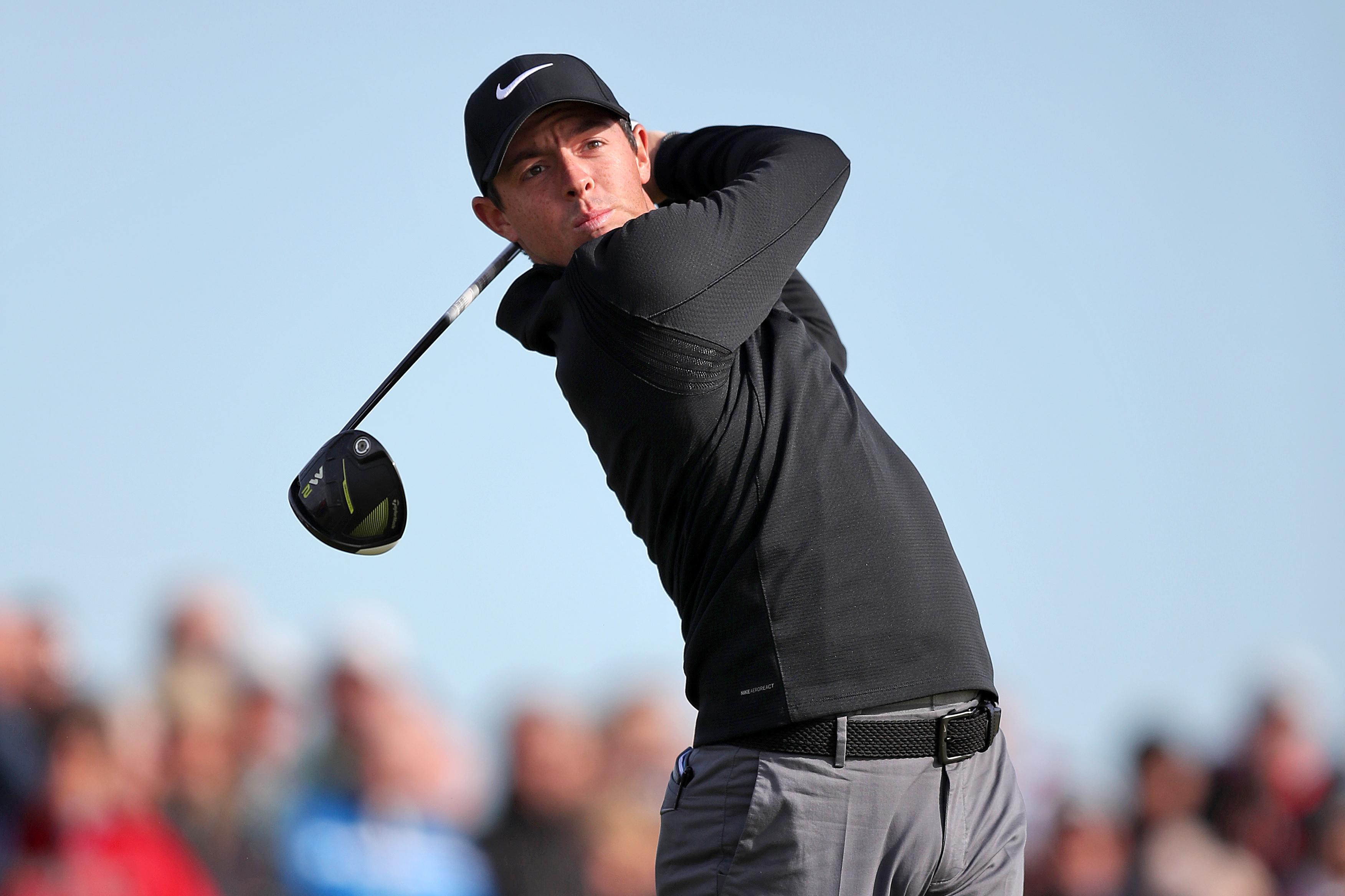 Rory McIlroy golfing