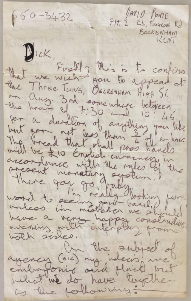A handwritten letter by David Bowie from 1969 is being auctioned.