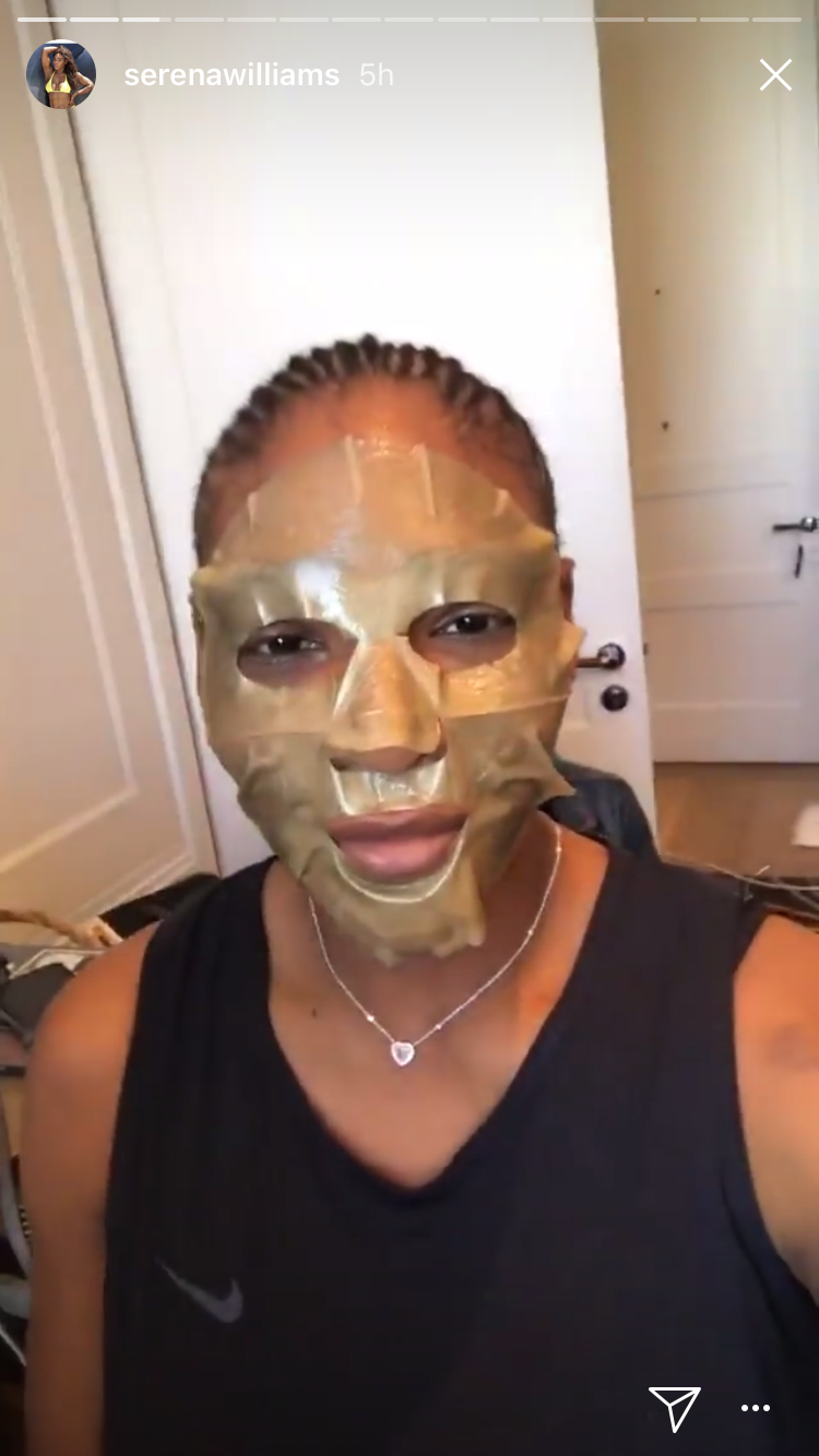 Serena Williams prepared with a face mask (Serena Williams/Instagram)