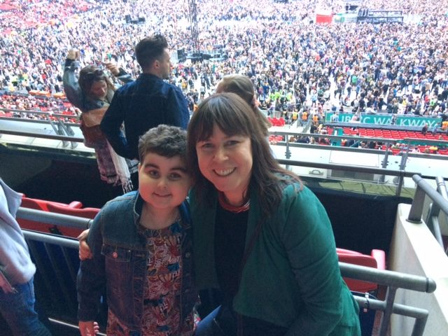 Jasmi and her mum Rena attend an Ed Sheeran concert at Wembley Stadium (DKMS handout/PA)