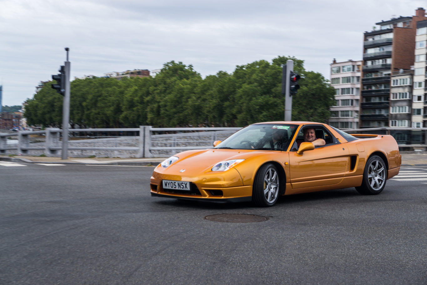 City driving isn't the classic NSX's friend
