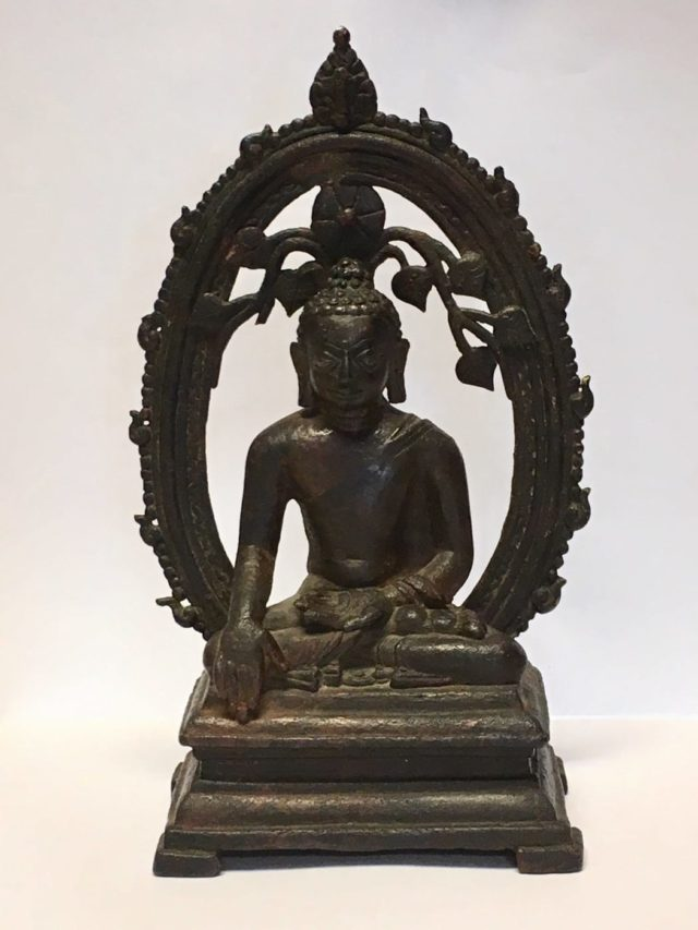 The statue was one of 14 stolen from India in 1961
