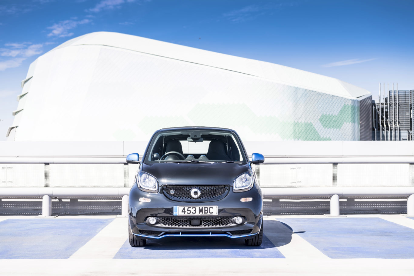 Parking takes two seconds in the ForTwo
