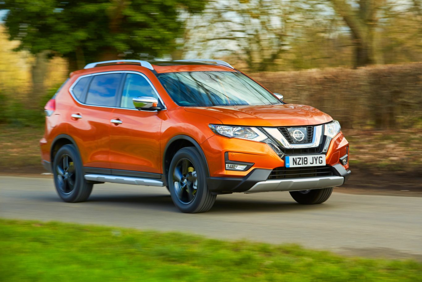 Nissan launches end of summer finance deals on 68 plate for Nissan motor finance customer service
