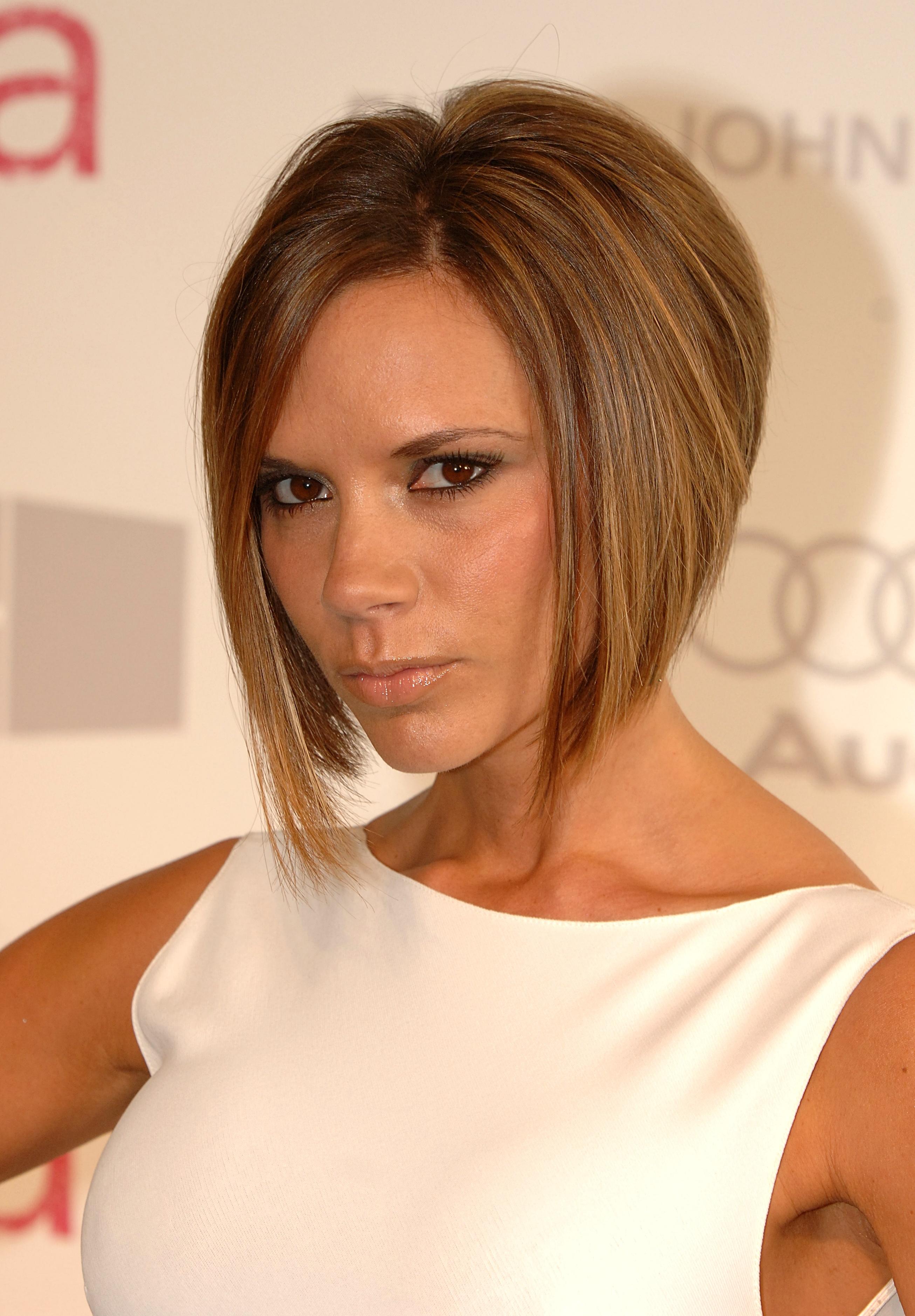 Victoria Beckham shows... Victoria Beckham Hairstyles