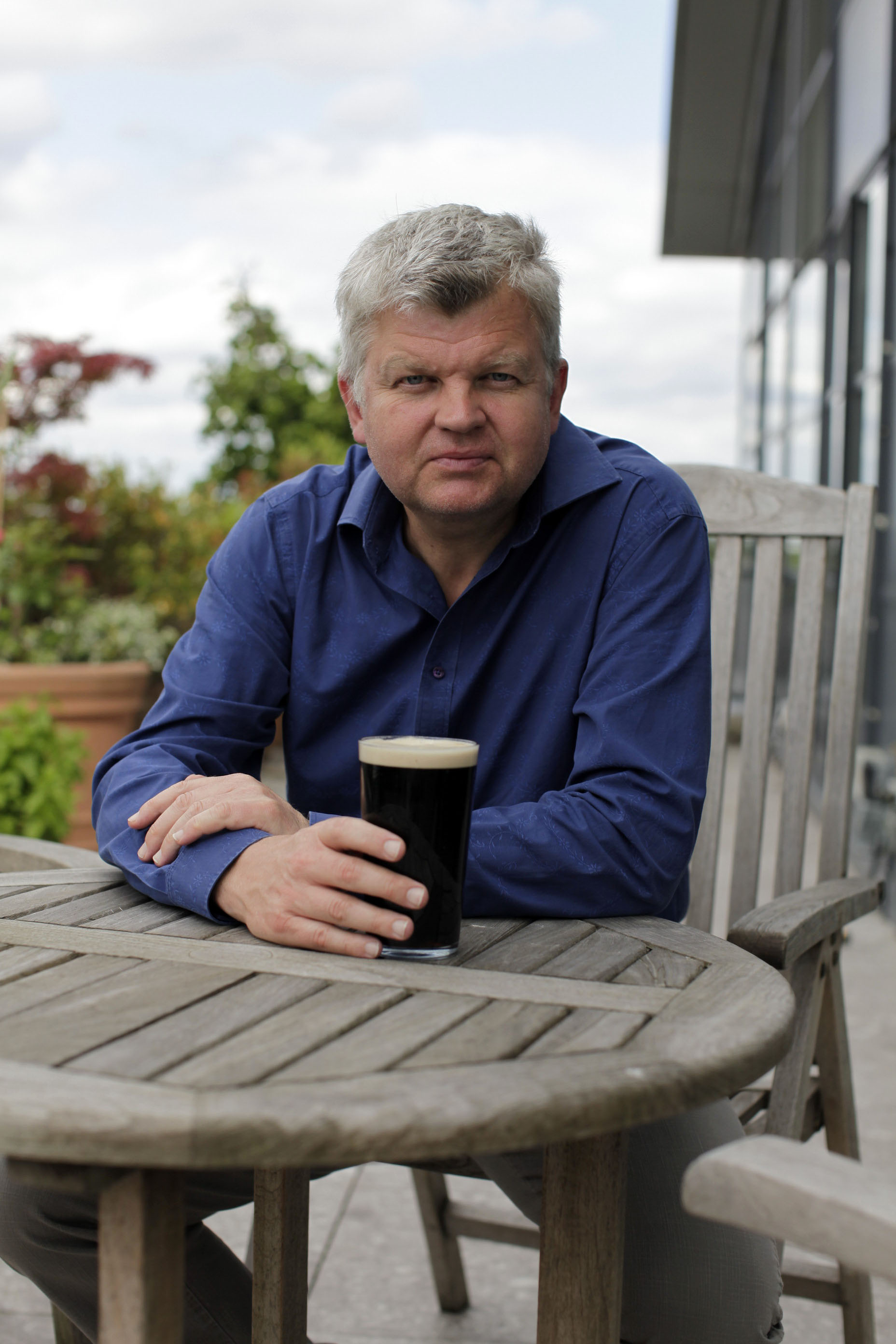 Adrian Chiles – Drinkers Like Us