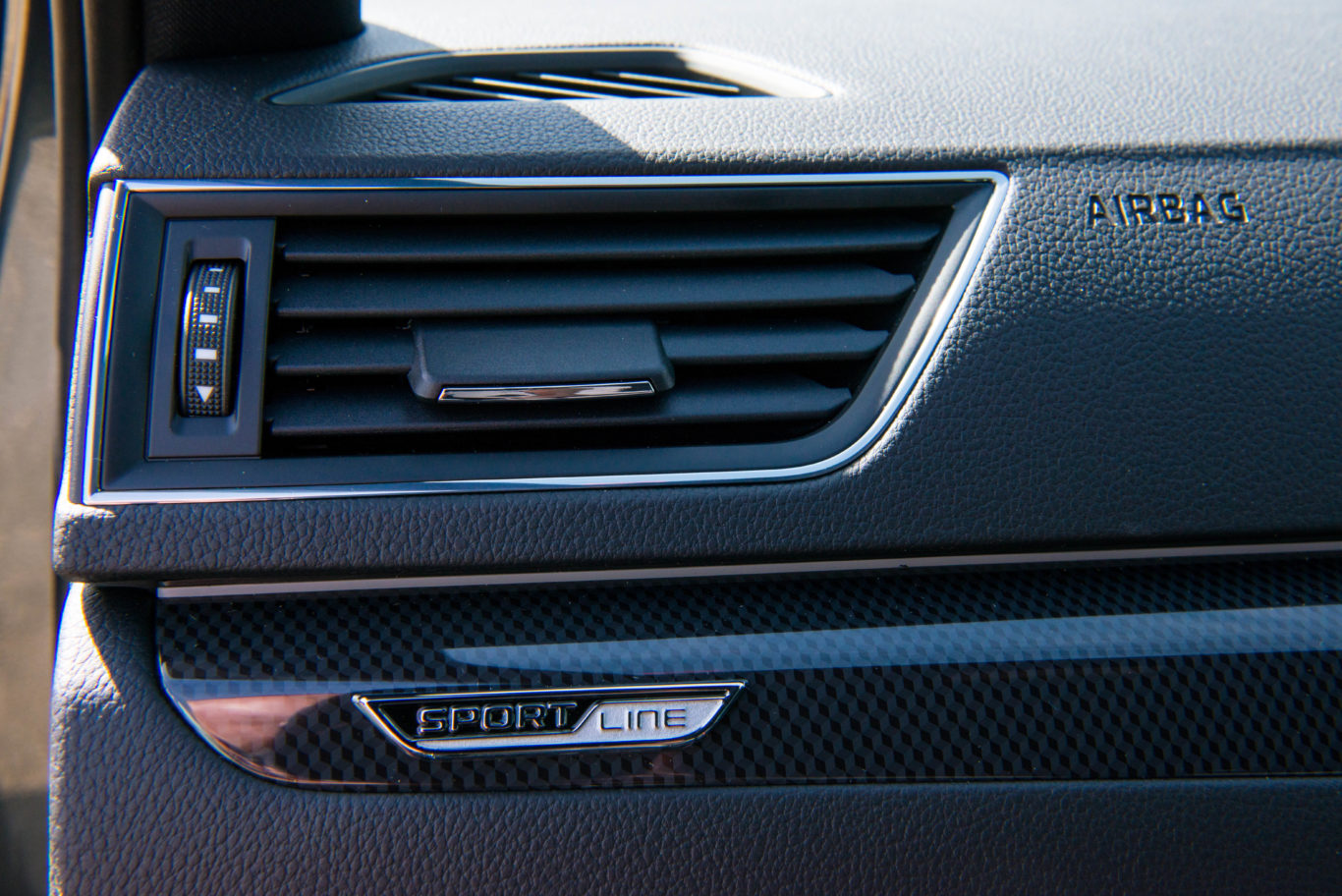 Neat Sportline badges feature throughout the cabin