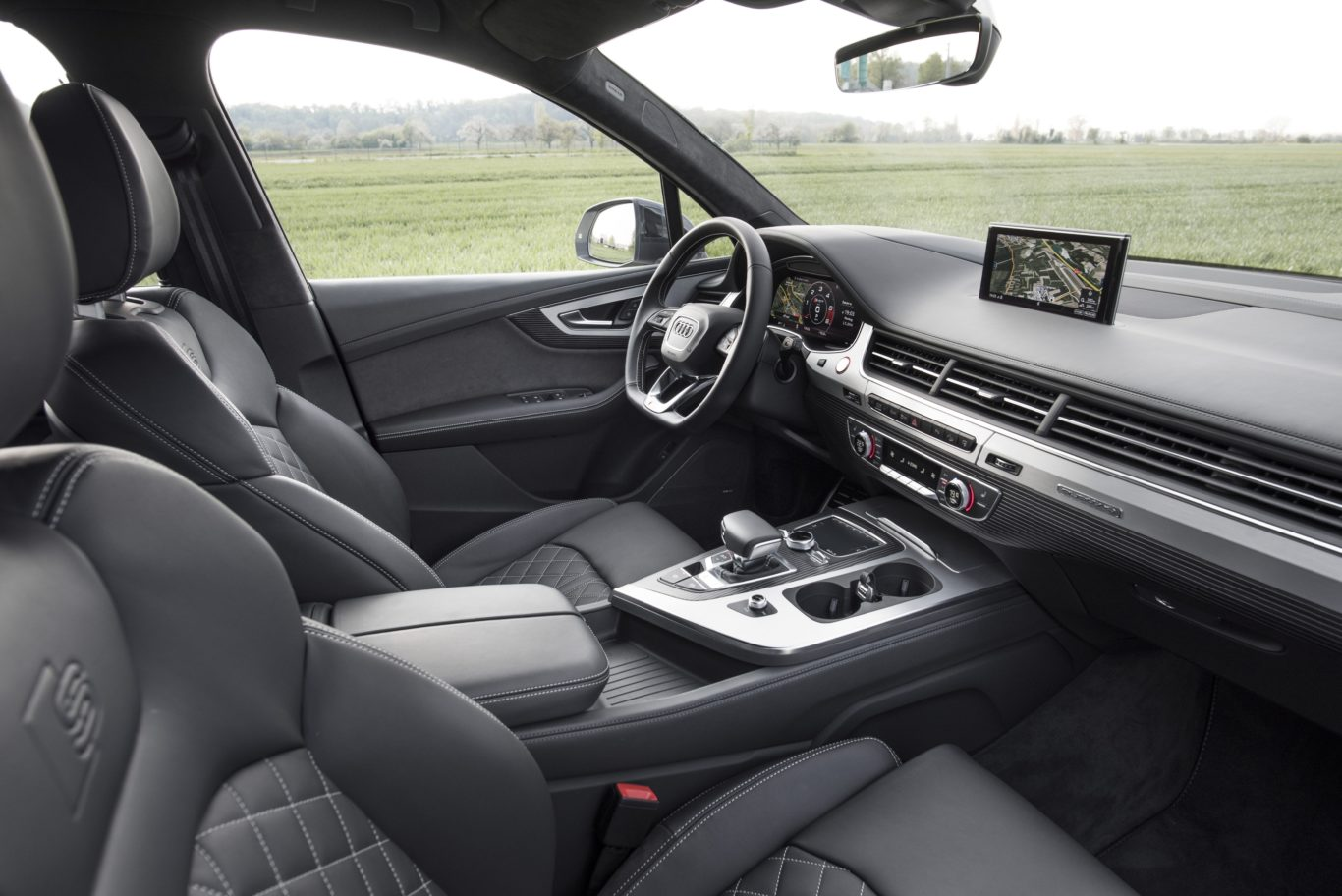 The interior of the SQ7 is solidly made
