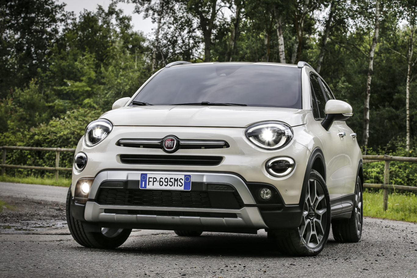 The 500X's chunky looks make it far more imposing than its size would lead you to believe