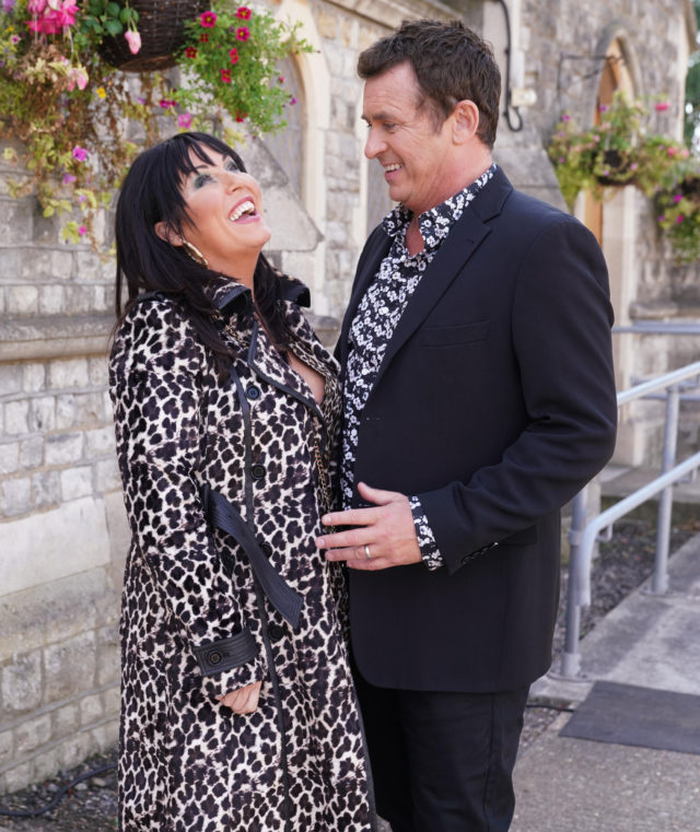Shane Richie and Jessie Wallace on set