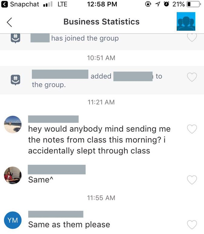 Group chat where one students asks for the notes of another classmate