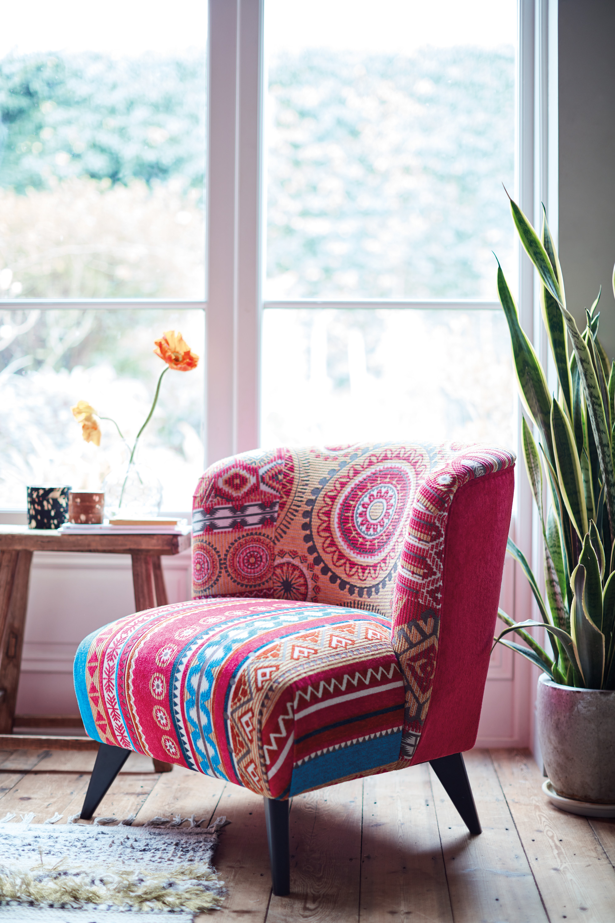 Enjoyable Transitional Trends How To Keep A Summer Glow At Home As Caraccident5 Cool Chair Designs And Ideas Caraccident5Info