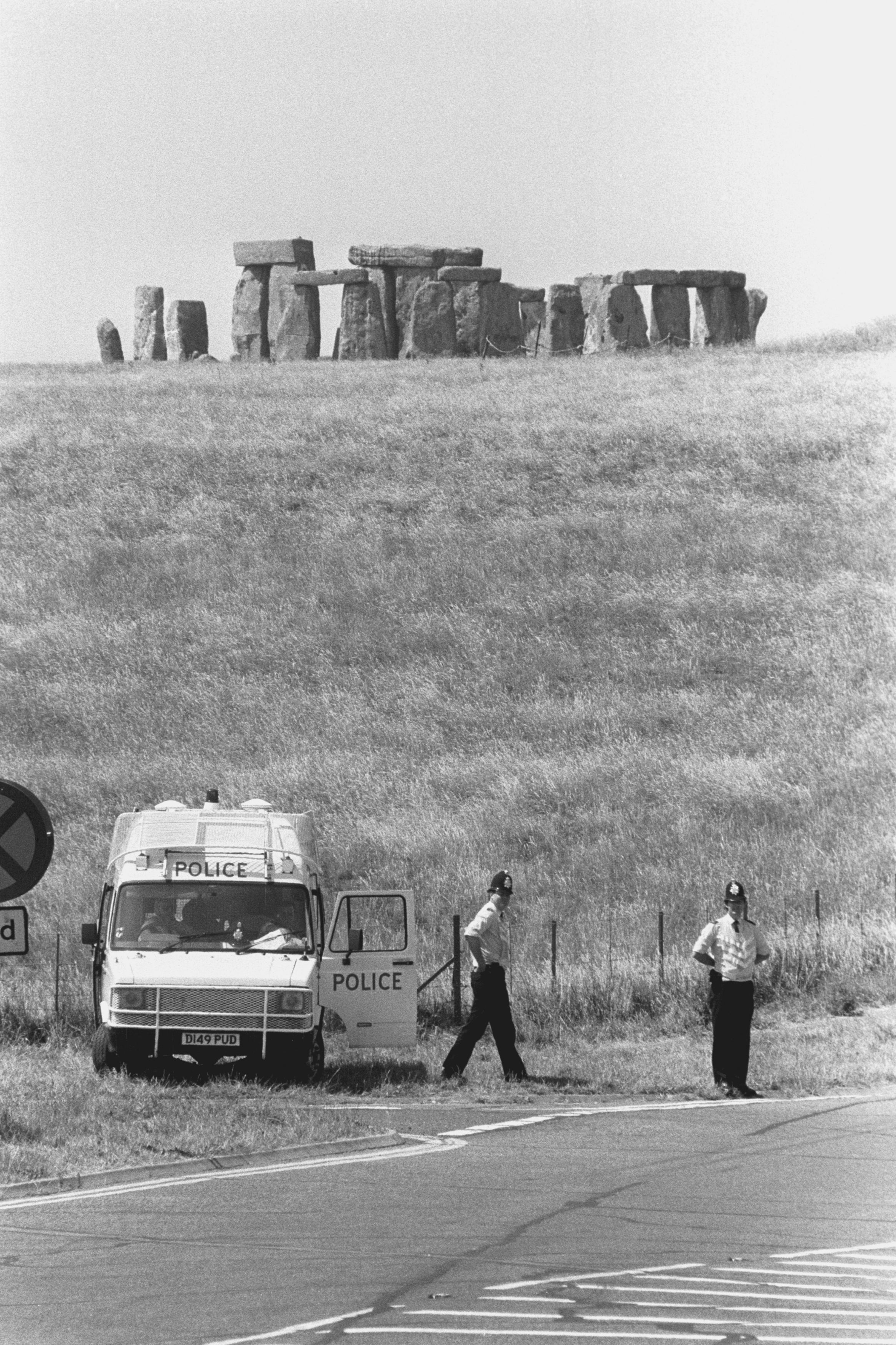 Police in 1989 monitoring roads around Stonehenge to prevent people from gathering to celebrate the Summer Solstice