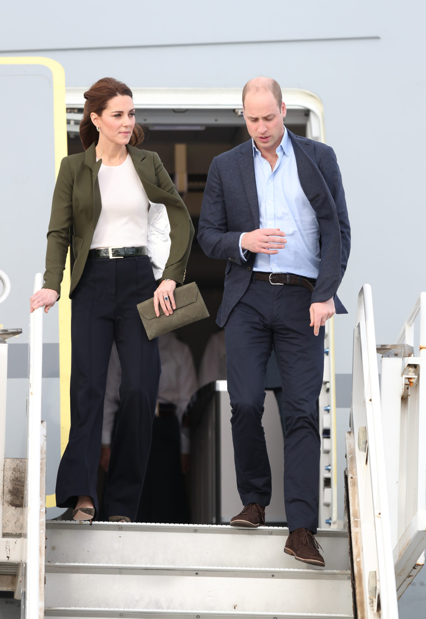 In Pictures William And Kate Delight Troops With Trip To Cyprus Base Guernsey Press