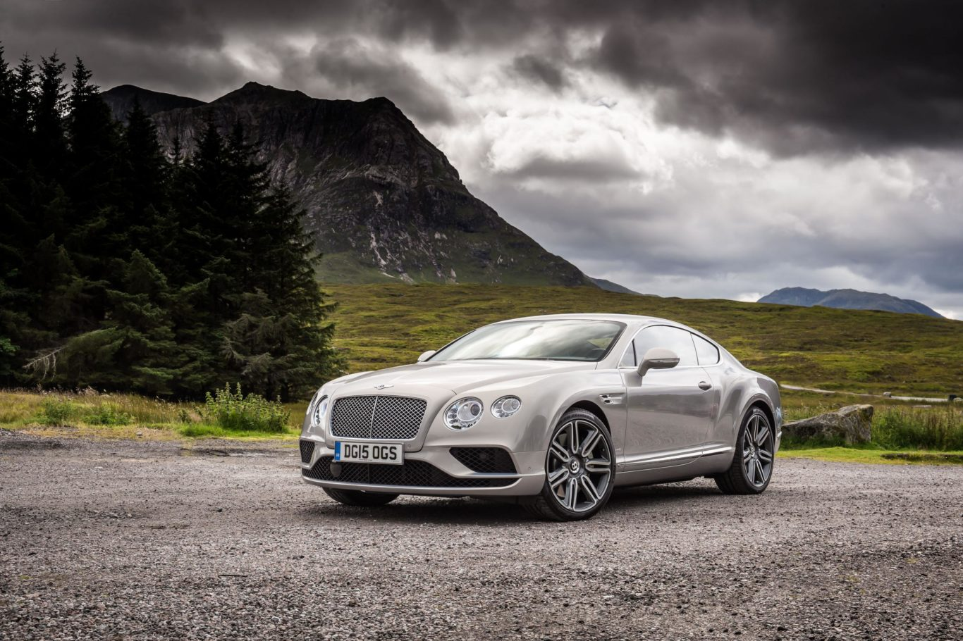 The Continental GT made use of a powerful W12 engine