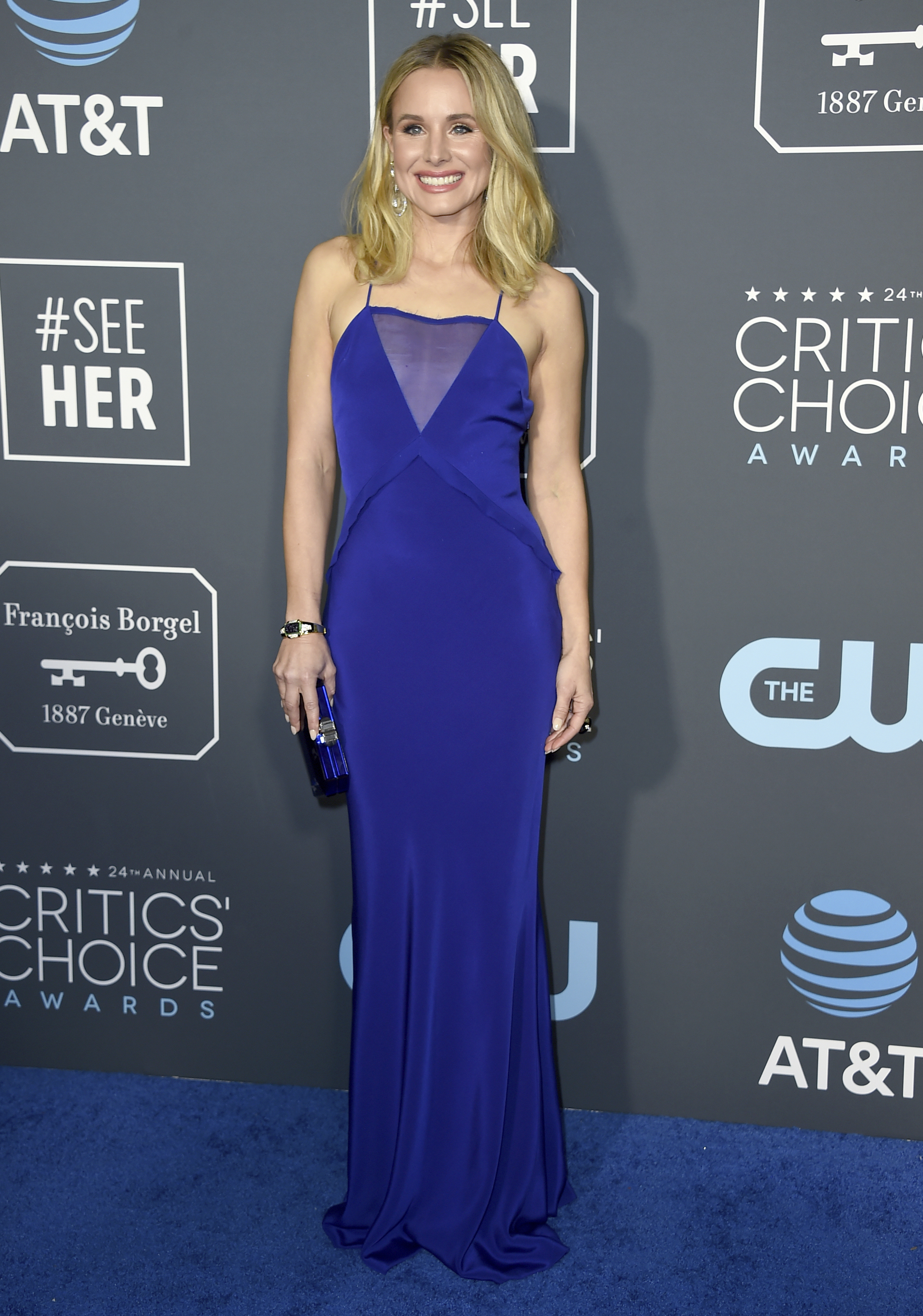 Kristen Bell arrives at the 24th annual Critics' Choice Awards