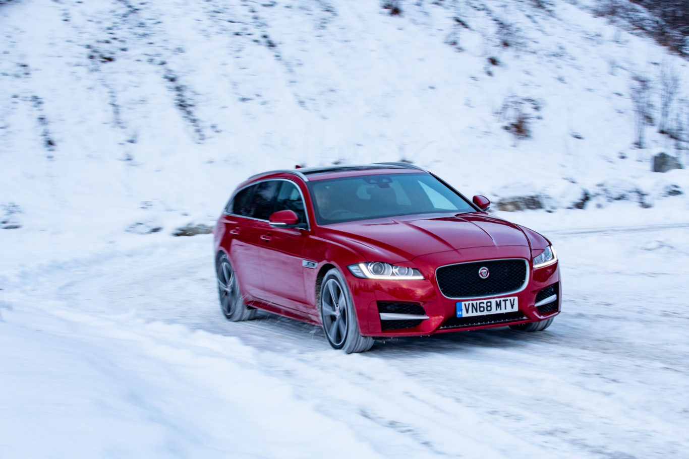 The Sportbrake goes up against the likes of the BMW 5 Series Touring and Audi A6 Avant