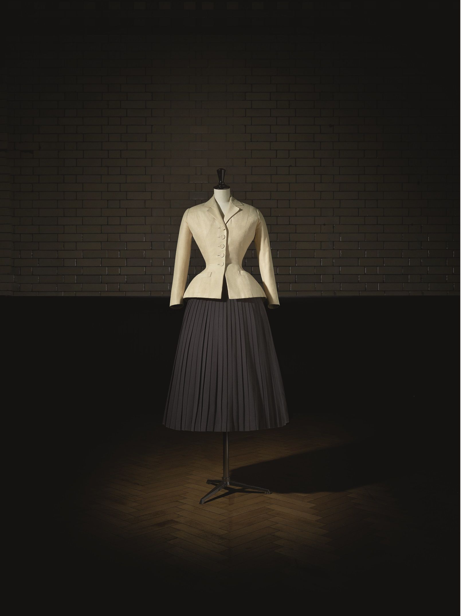 Dior's famous Bar Suit from the 1947 collection