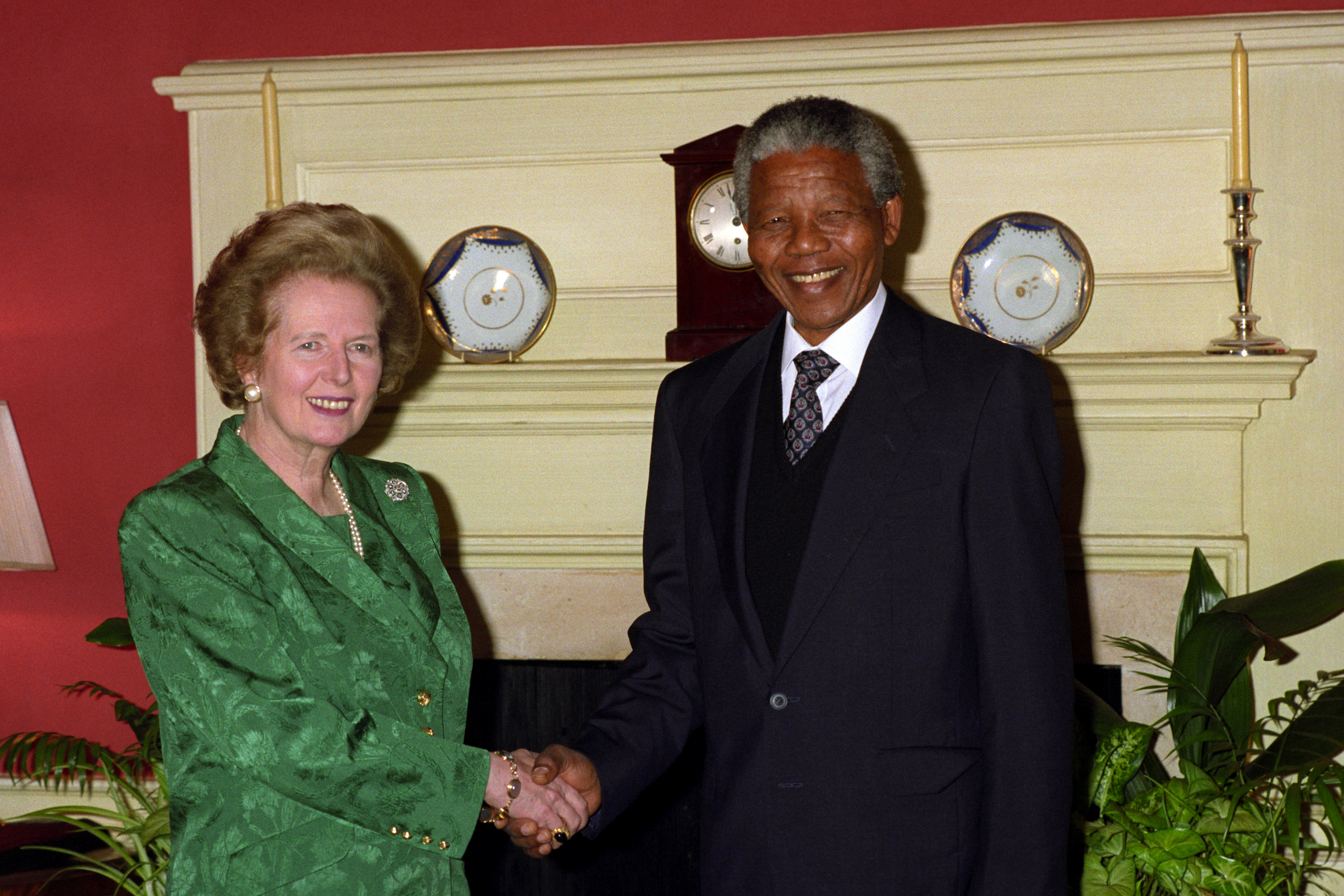 Nelson Mandela meeting Margaret Thatcher in 1990