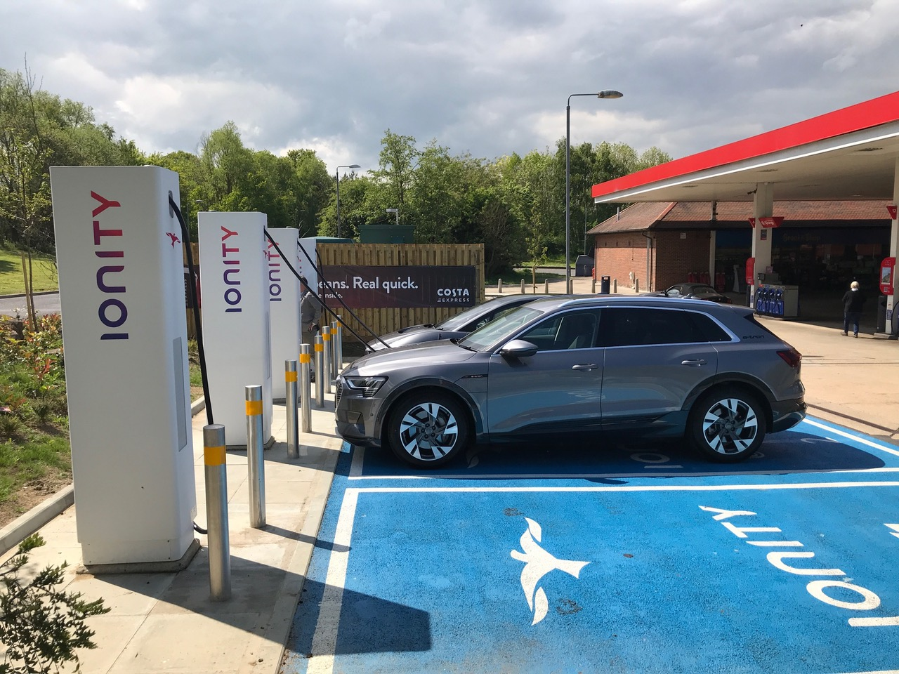 Uk S Most Powerful Electric Car Charging Station Opens