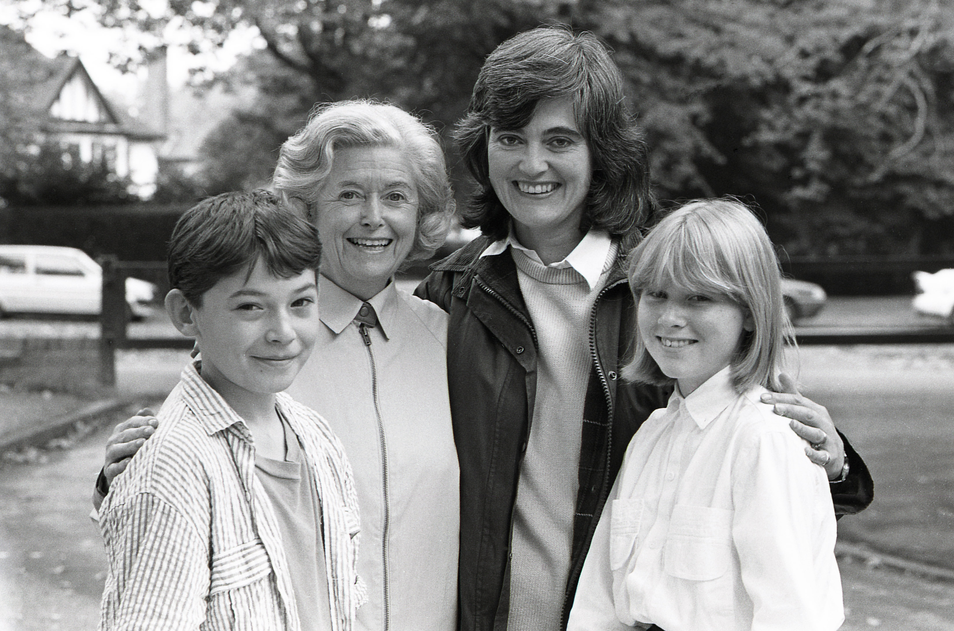 Sam Barriscale as John Archer, June Spencer as Peggy Archer, Patricia Gallimore as Pat Archer and Frances Graham as Helen Archer in 1987