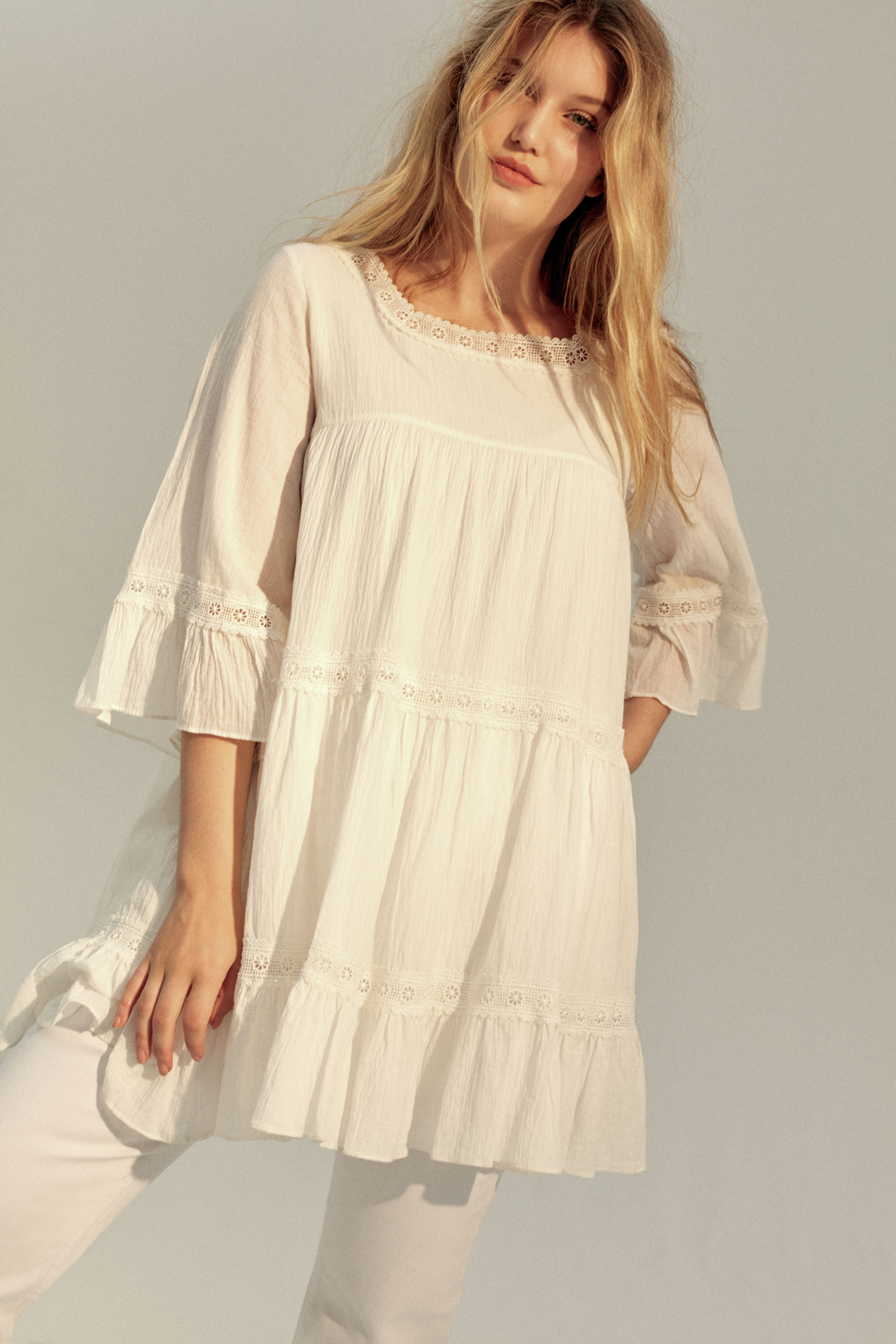 Evans Ivory Square Neck Tunic; White Jeggings