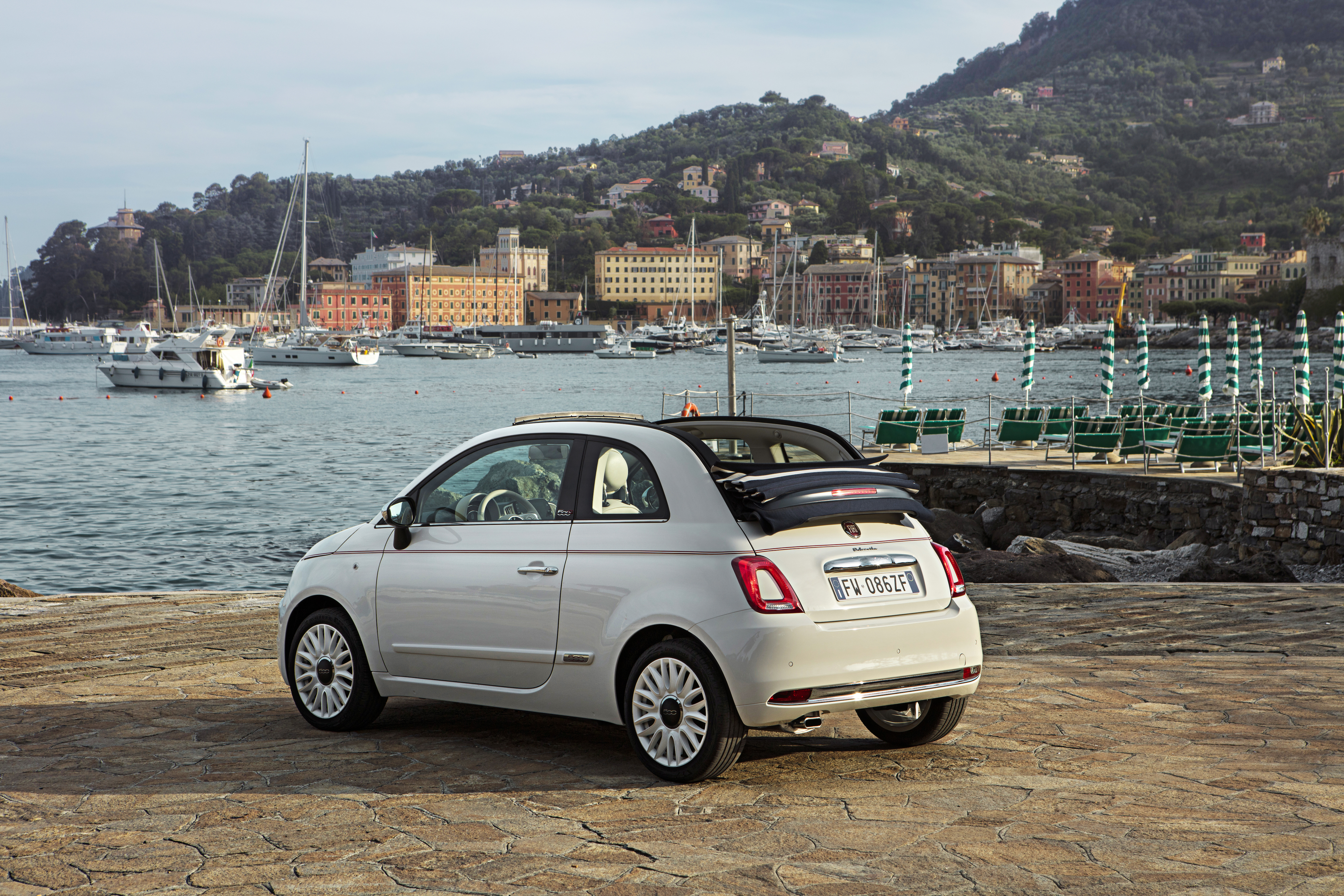 huge selection of 76927 5530b Fiat celebrates 62 years of 500 with Dolcevita special ...