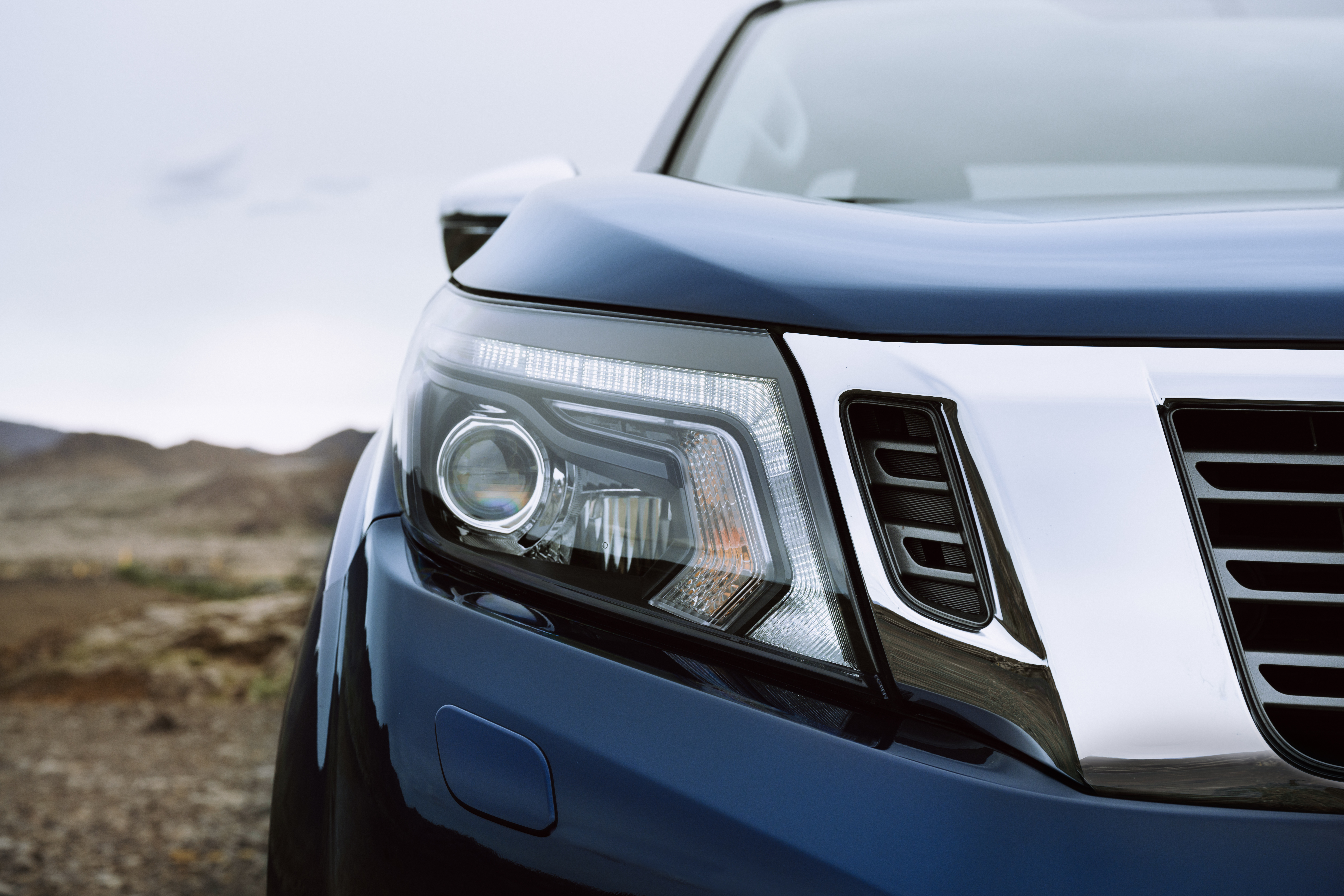 The Navara gets redesigned headlights