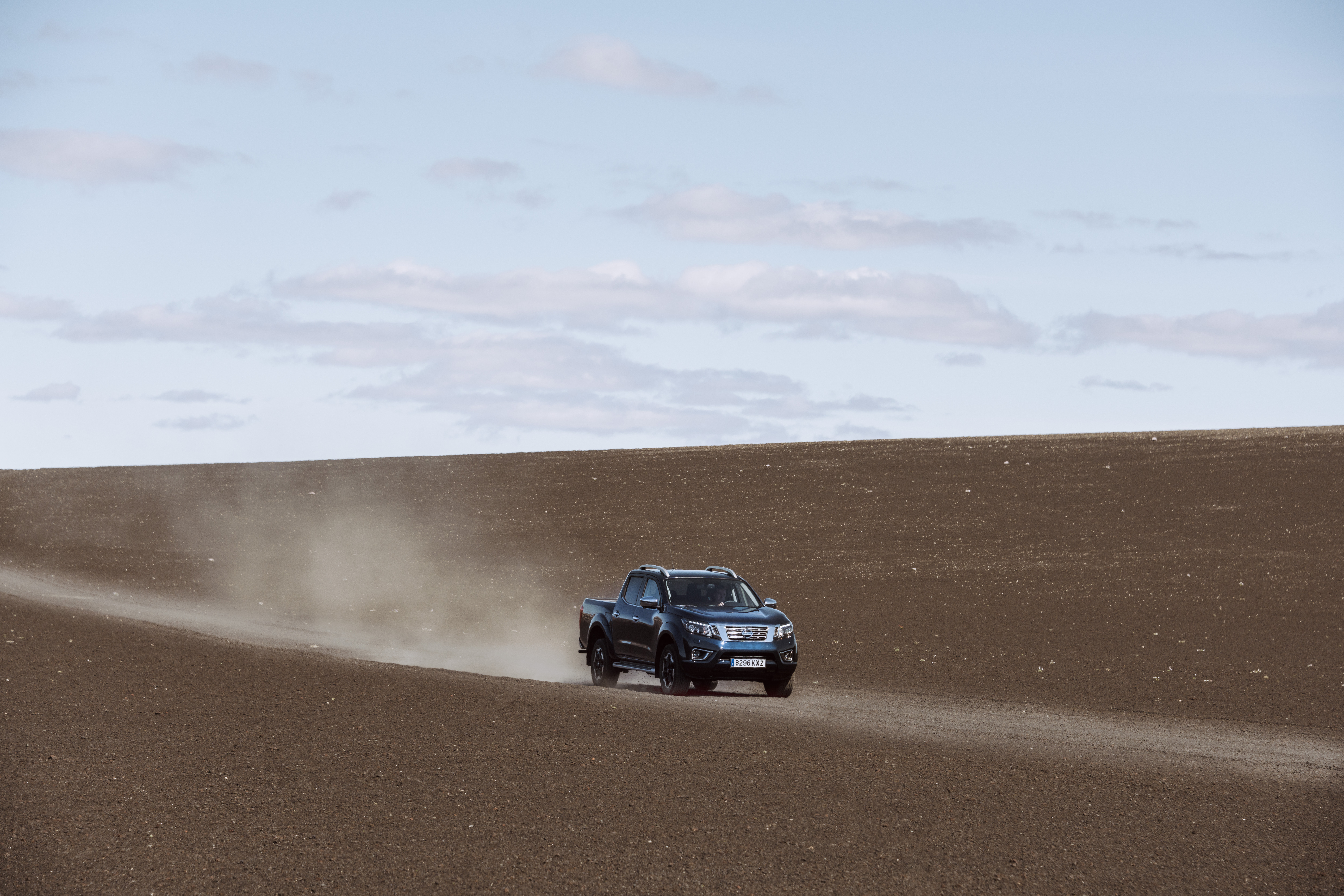 Multiple off-road driving modes help the Navara tackle all terrains