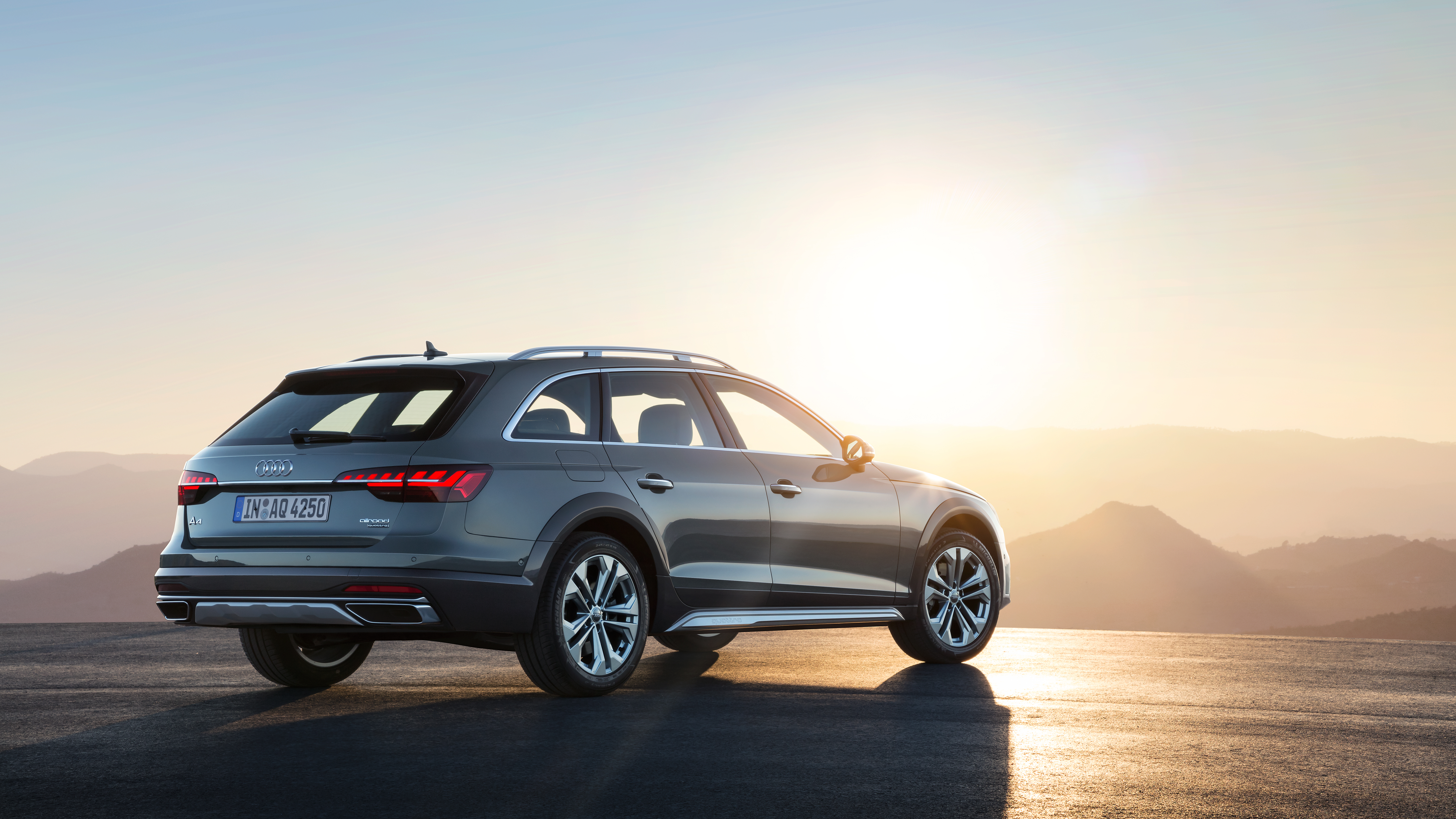 The Audi A4 Allroad is a convincing alternative to an SUV - Evening
